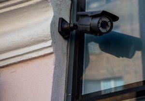 Основы видеонаблюдения. Как подключить сирену к видеорегистратору?