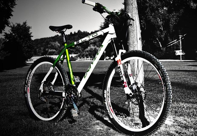Тормозные колодки для дисковых и ободных тормозов для велосипеда