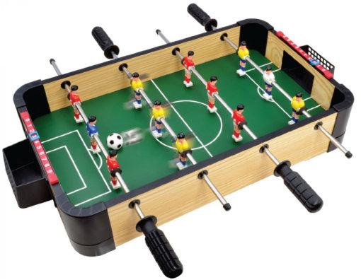 Настольный футбол или что подарить спортсмену
